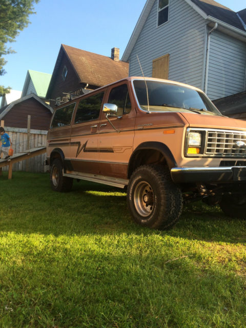 1 ton ford econoline club wagon 1988 quigley 4x4 4wd handicap accessible van for sale ford e. Black Bedroom Furniture Sets. Home Design Ideas