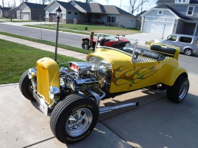 1929 Ford Coupe Yellow Flaming Hot Rod 350 Chevy 1300 Watt Stereo NW