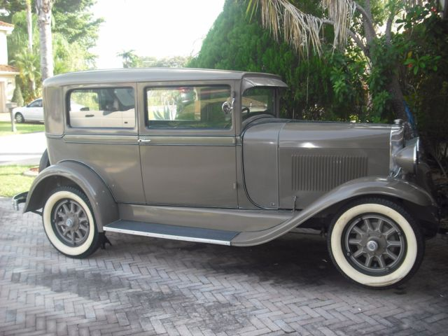 1929 oldsmobile f29 two doors collectible classic car for sale oldsmobile f 29 1929 for sale. Black Bedroom Furniture Sets. Home Design Ideas