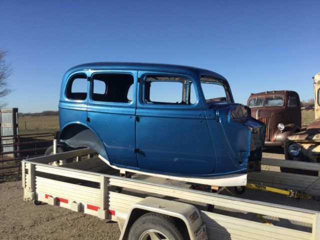 1933 34 ford four door sedan chevy dodge rat rod original for 1933 dodge 4 door