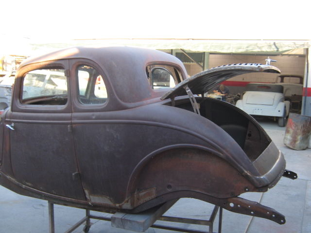 1933 Ford 5 Window Deluxe Coupe Body And Frame Project Car