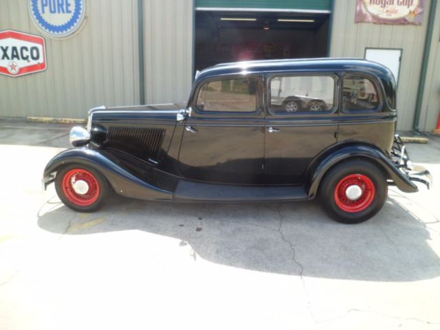 1934 ford sedan suicide doors chevy 350 v8 700r4 trans for 1934 ford 4 door for sale