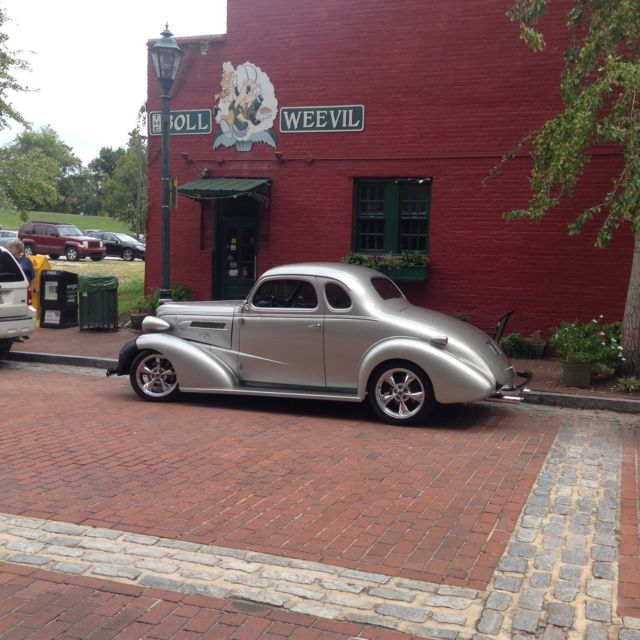 1937 Chevrolet Master Deluxe Business Coupe Street Rod For