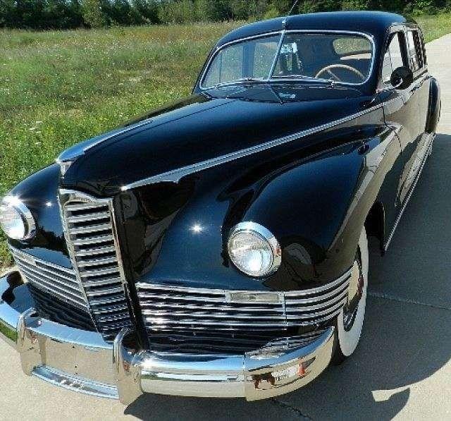 1946 Packard Clipper Series Super Deluxe 7 Passenger Sedan