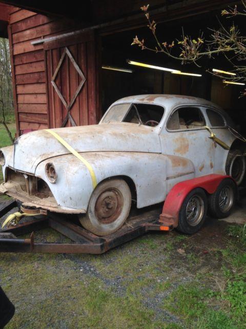 1947 oldsmobile 2 door fastback coupe 47 46 48 olds barn for 1947 oldsmobile 4 door sedan