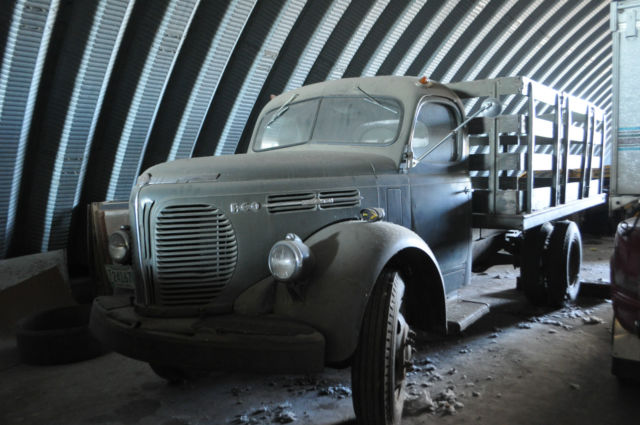 1949 REO SPEEDWAGON TRUCK (17,000 ACTUAL MILES) for sale