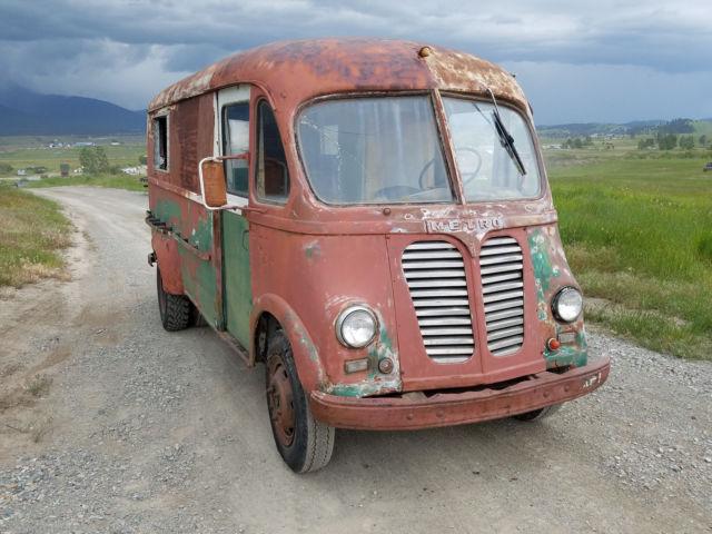 1951 IHC METRO STEP VAN TRUCK: ICECREAM, BREAD MILK FOOD