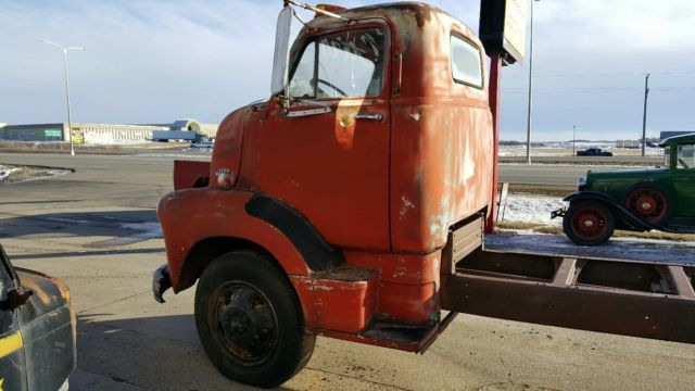 1954 Chevy Cabover Truck – HD Wallpapers