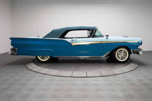 1962 CHEVROLET IMPALA SS CONVERTIBLE 125241 in addition 1964 PONTIAC GTO CONVERTIBLE 137760 together with Stare Magazine Bikini Girls furthermore 358880664026764101 together with Suspension 51. on car body rotisserie