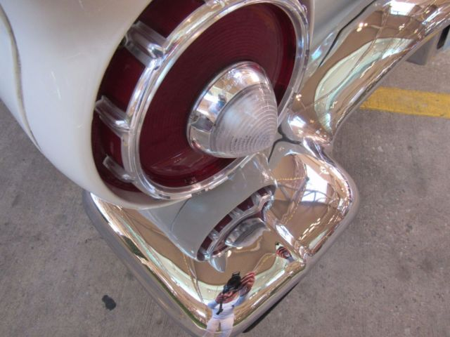 1957 Ford Thunderbird Colonial White Gorgeous 312 V8 1 Top