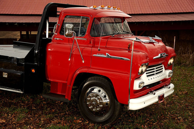 69412 1958 Chevrolet Viking 50 Lcf Coe Hauler 1 12 Ton Frame Off Resto Cab Over on gmc dump trucks sale