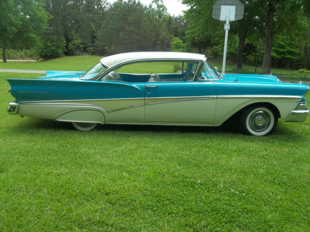 1958 FORD FAIRLANE 500 2-DOOR HARDTOP for sale - Ford Fairlane 500