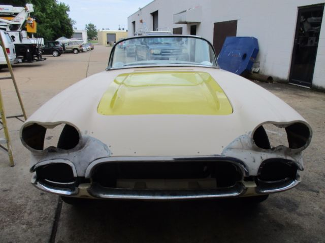 1959 corvette rolling project car 2 tops lots of parts resto mod for sale chevrolet corvette. Black Bedroom Furniture Sets. Home Design Ideas
