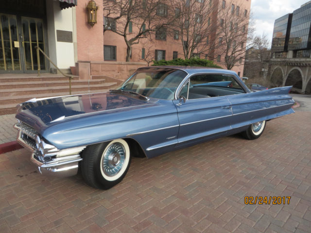 1961 cadillac 2dr 62 series hardtop amazing time. Black Bedroom Furniture Sets. Home Design Ideas