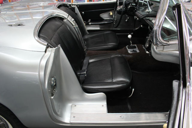 1961 chevy corvette convertible silver with black interior for sale chevrolet corvette. Black Bedroom Furniture Sets. Home Design Ideas