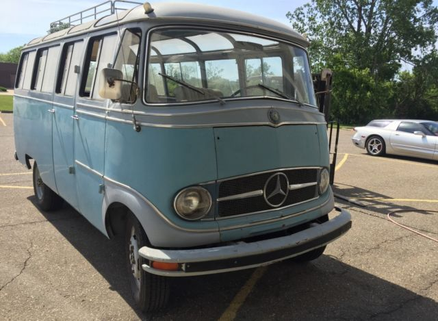 1962 mercedes 0319 volkswagen vintage 22 window bus for Mercedes benz rochester mi