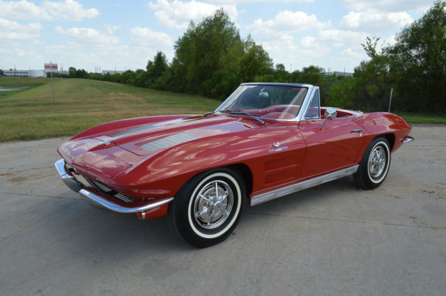 1963 highly awarded chevrolet corvette convertible. Black Bedroom Furniture Sets. Home Design Ideas