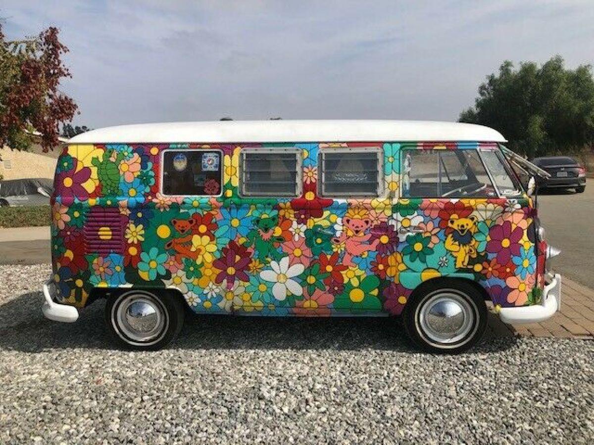 1963 VW Volkswagen Bus Hippie Grateful Dead Camper Hand