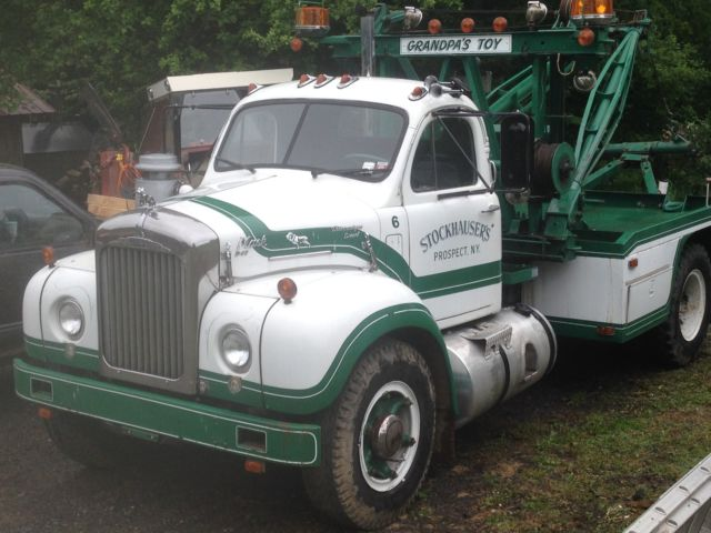 1964 b67t classic vintage old mack tow truck with holmes wrecker recover tow for sale other. Black Bedroom Furniture Sets. Home Design Ideas