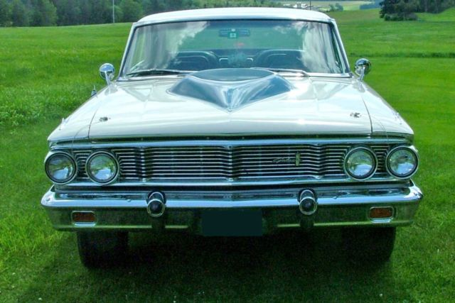 1964 Ford Galaxie XL 428 c i  engine 4-speed transmission