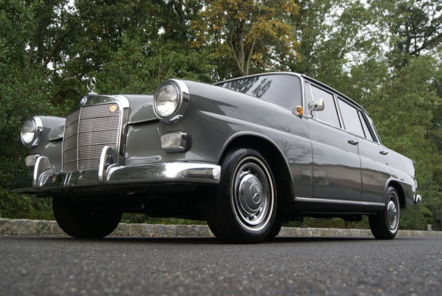 1964 mercedes benz 190d heckflosse w110 diesel absolute no reserve for sale mercedes. Black Bedroom Furniture Sets. Home Design Ideas