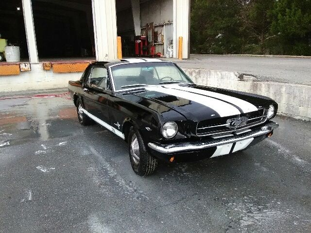 1965 ford mustang 2 door coupe a code 4 speed the original pony car for sale ford mustang. Black Bedroom Furniture Sets. Home Design Ideas