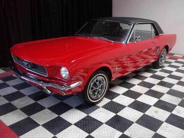 1965 ford mustang unique removeable hardtop for sale ford mustang convertible roadster. Black Bedroom Furniture Sets. Home Design Ideas