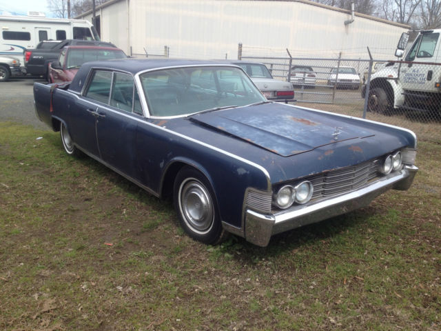 1965 lincoln continental barn find no reserve for sale. Black Bedroom Furniture Sets. Home Design Ideas