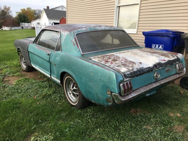 mustang  code hipo factory p gt coupe original  rear  shelby parts  sale ford