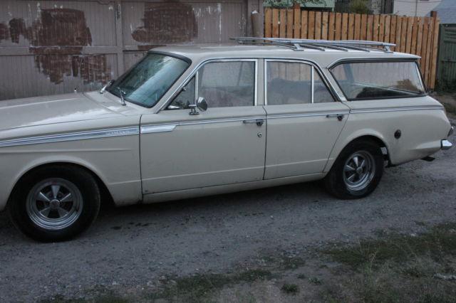 1965 Plymouth Valiant V200 Wagon for sale - Plymouth Valiant