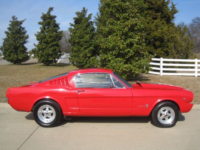 1966 ford mustang fastback 302 v8 2 2 w pony interior 4 wheel disc brakes for sale ford for 1966 ford mustang pony interior