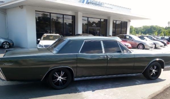 1966 Lincoln Continental Sedan \ Suicide Doors\  Original Paint- Dark Green & 1966 Lincoln Continental Sedan \