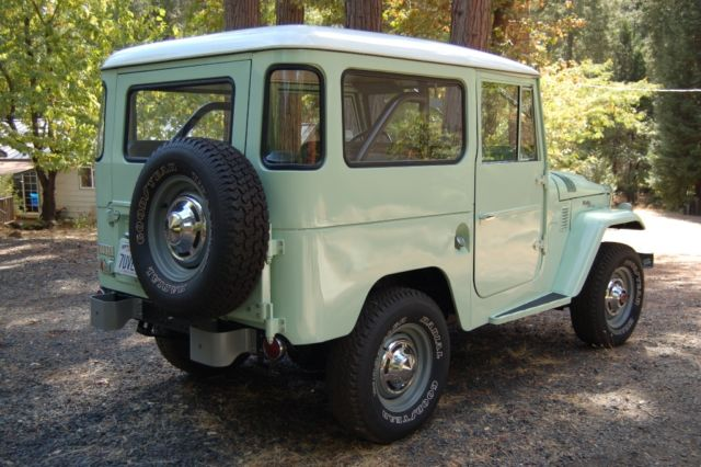 1966 Toyota Land Cruiser FJ40, Fully Restored, stock (Link