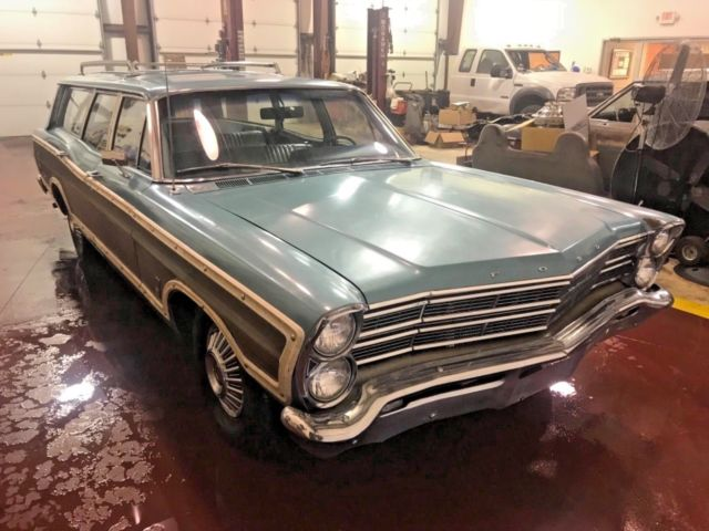 1967 ford country squire wagon one owner barn find 62k. Black Bedroom Furniture Sets. Home Design Ideas