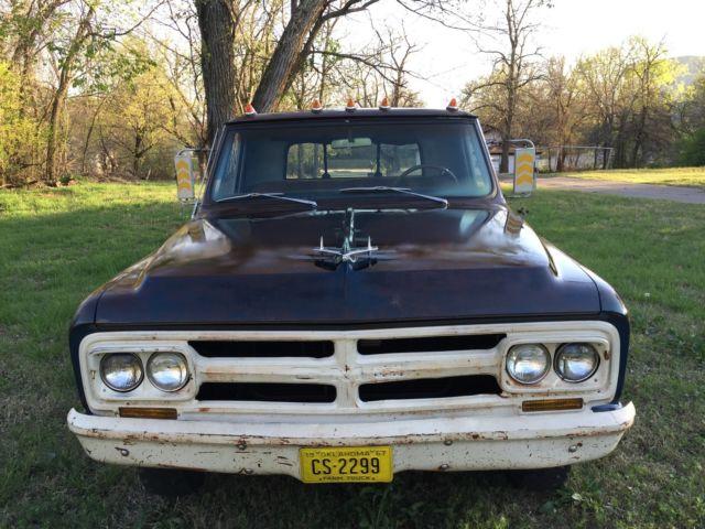 1967 GMC C2500