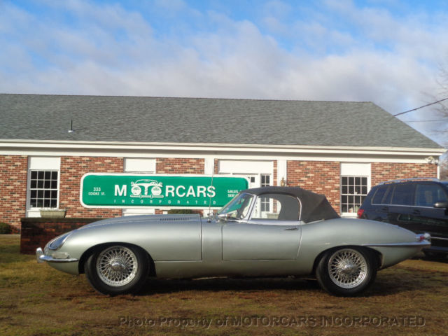Detail 1970 Jaguar Xke e type Series ii ots 4 2 Used 7460394 also Jaguar Xke E Type Restoration Bleeding The Brakes What Fluid To Use And A Problem With The Master Cylinder as well Detail 5973 Jaguar Xke e type Series ii ots 4 2 Used 7460394 as well 1970 Jaguar E Type 3 additionally Jaguar E Type Wiring Harness Routing. on jaguar xke master cylinder