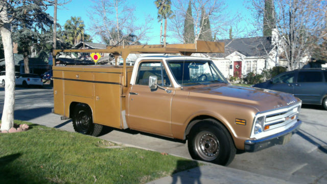 1968 gold chevy truck
