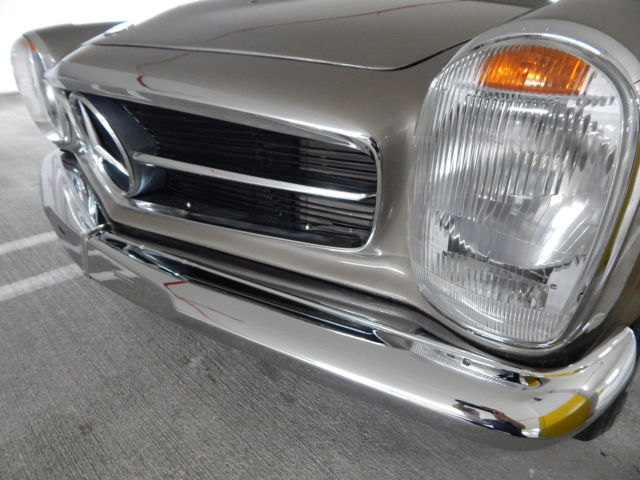 1968 mercedes benz 280sl euro model both tops third seat for Mercedes benz old models for sale