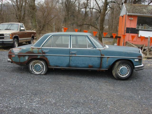 1969 Mercedes-Benz W114 250, complete, for restoration or