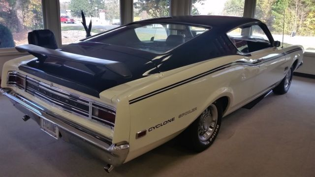 1969 mercury cyclone spoiler dan gurney special white 8. Black Bedroom Furniture Sets. Home Design Ideas