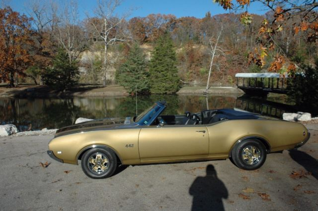 Fully Restored 1969 Oldsmobile Cutlass 442 Convertible New Metal Sign