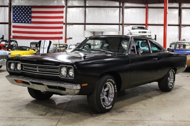 1969 plymouth road runner 13220 miles matte black coupe. Black Bedroom Furniture Sets. Home Design Ideas