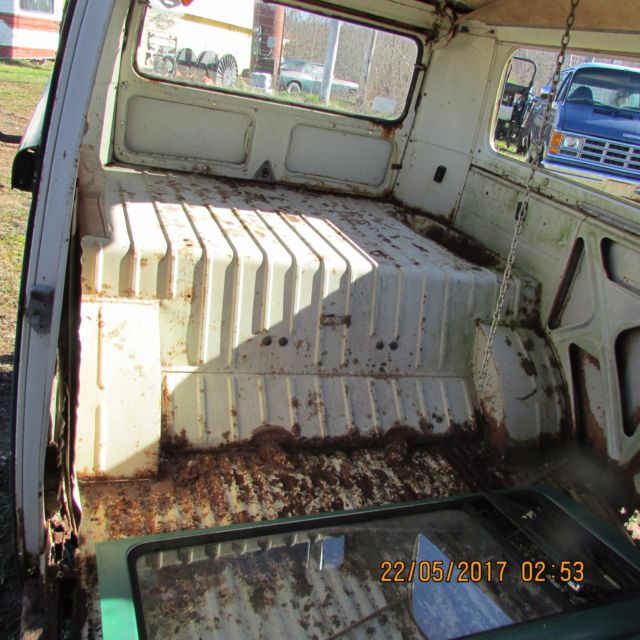 159785 1969 Volkswagen Bus Parts Van Vw Bus In Wv on 1985 volkswagen cabriolet parts