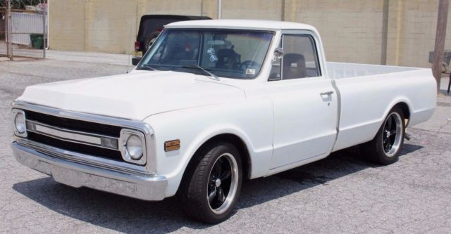 1970 C10 Custom Pickup 3 Speed AUTOMATIC POWER GLIDE - White for