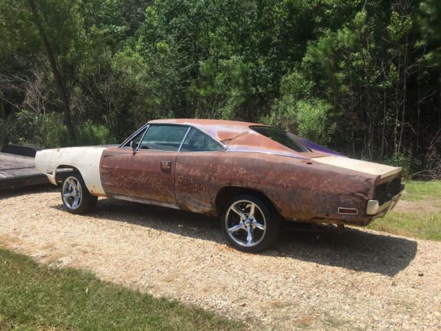 1970 Dodge Charger Rt Project Car Overall Solid Car For Sale: 1970 Dodge Charger Factory Big Block 383 FC7 Plum Crazy