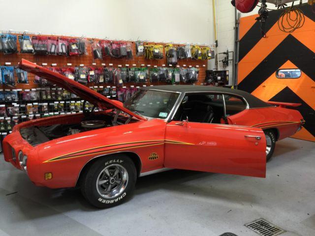 1970 GTO Judge Tribute 455 high performance Pontiac LeMans