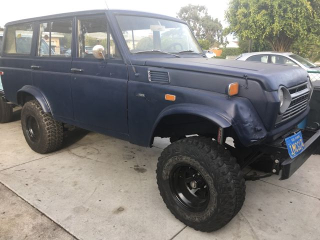 1970 toyota land cruiser 4 wheel drive wagon with 3 speed shift on the column for sale toyota. Black Bedroom Furniture Sets. Home Design Ideas