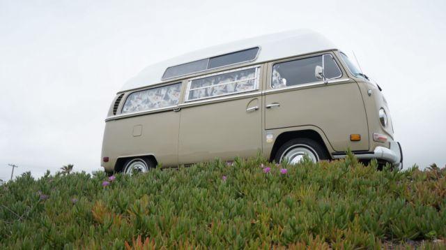 1970 vw luxury bus safare custom camper for sale volkswagen bus vanagon bus vanagon 1970 for. Black Bedroom Furniture Sets. Home Design Ideas