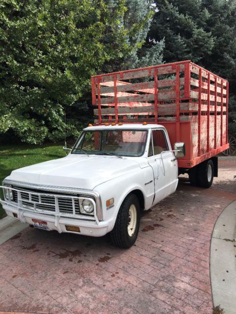 1971 chevrolet c 30 custom 1 ton dually cattle truck for sale chevrolet c 10 cattle grain. Black Bedroom Furniture Sets. Home Design Ideas