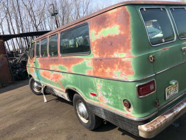 1972 Dodge Tradesman Window Van Mopar B Van 360 V8 for sale